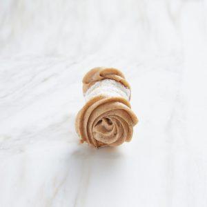 cinnamon cannoli